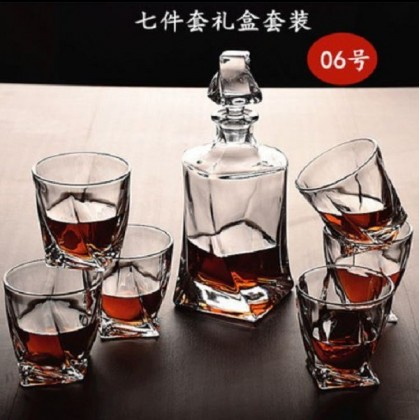 Whisky set 7pcs  (glass+decanter)  ( 006-Twisted )